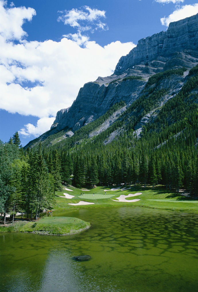 Banff Springs Golf Course, Devil's Cauldron (Image: Fairmont Banff Springs)
